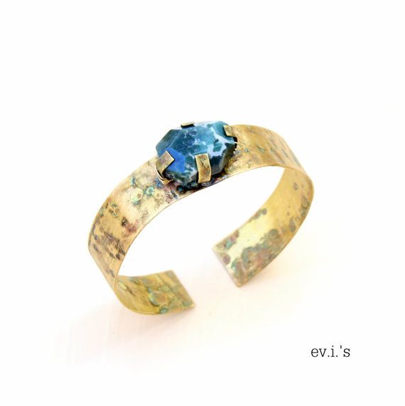 Green White Agate Brass Bracelet Cuff Hand by EVIsMetalworkJewelry, €32.00