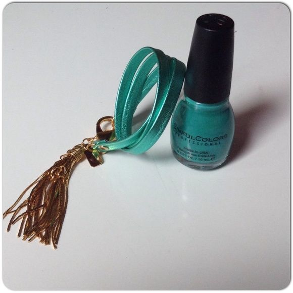 NEW TEAL LEATHER TRIPLE WRAP BRACELET WITH TASSEL New hand crafted leather triple wrap bracelet in teal with 18k GP tassel & large over sized lobster claw clasp to add some chink to the funk. The tassel drips like liquid gold & adds a bit of class to any outfit. Chain adjuster adds some room for sizing. E. Kammeyer Accessories. Its a beautiful thing single or doubled up for some contrast & added drama! Jewelry Bracelets