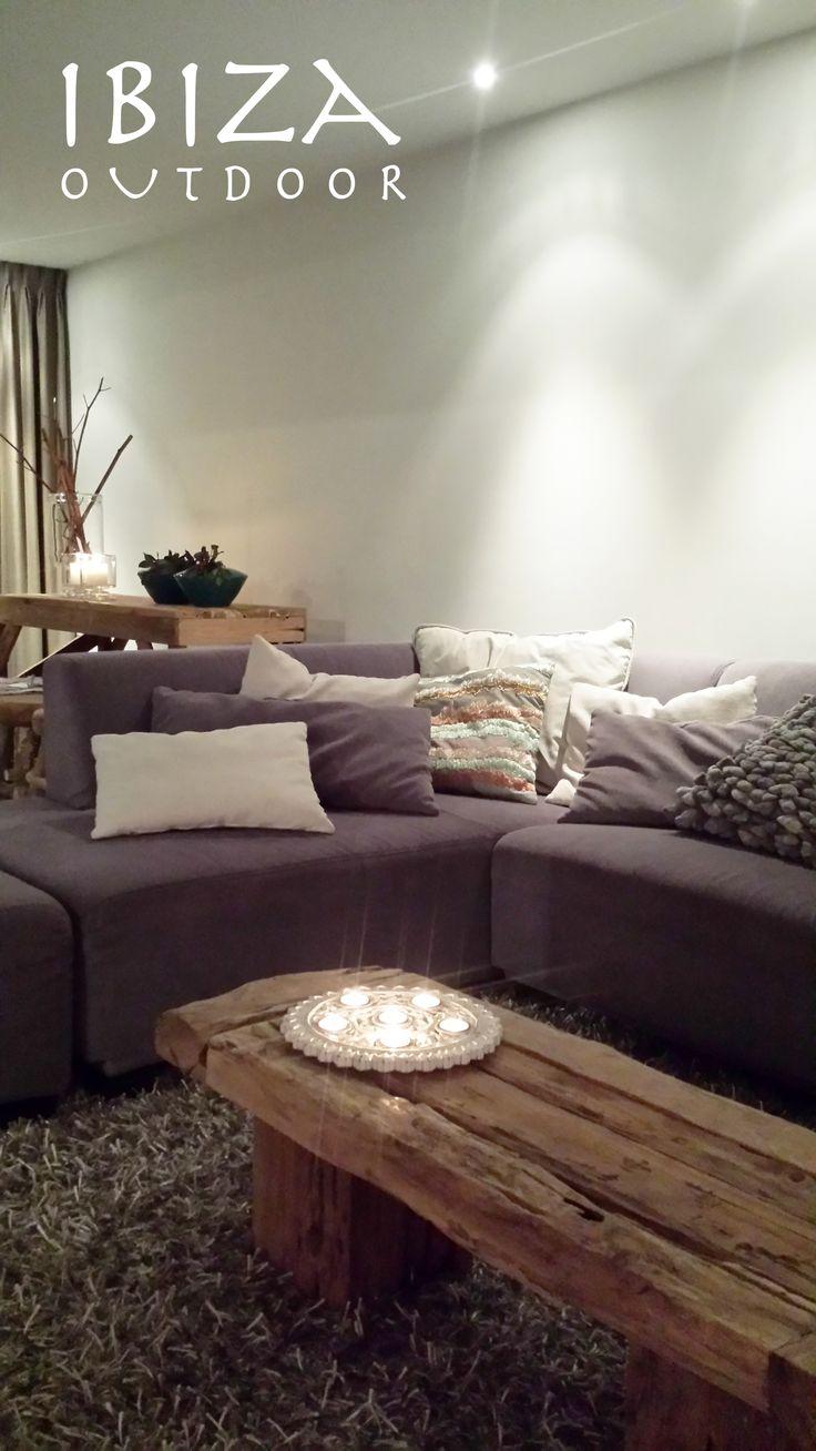Leuke foto ontvangen uit Zoetermeer van de knusse woonkamer van Renee met de…