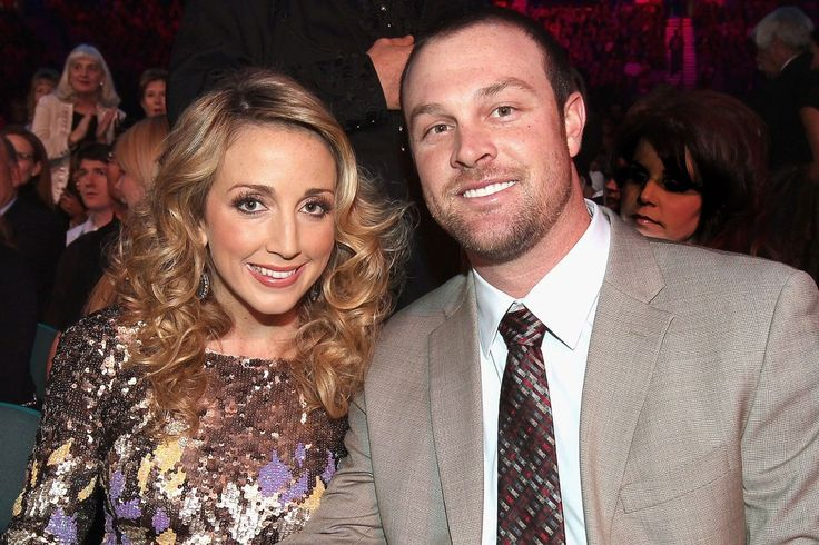 Country Singer Ashley Monroe Is Expecting Her First Child with Atlanta Braves Player JohnDanks