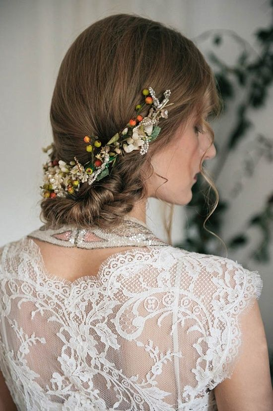 Edwardian orange blossom inspired bridal headpiece. Headpieces by www.vintagelondon