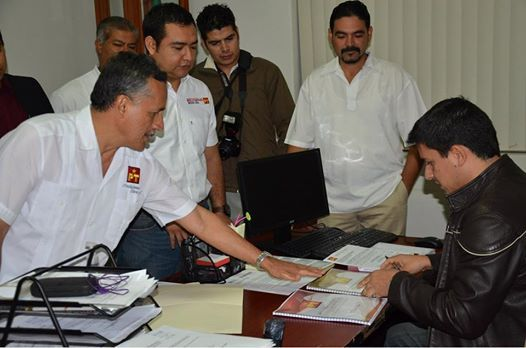 En el primer minuto de este lunes 16 de febrero, el Partido del Trabajo (PT), registró su Plataforma Electoral ante el IEE Colima