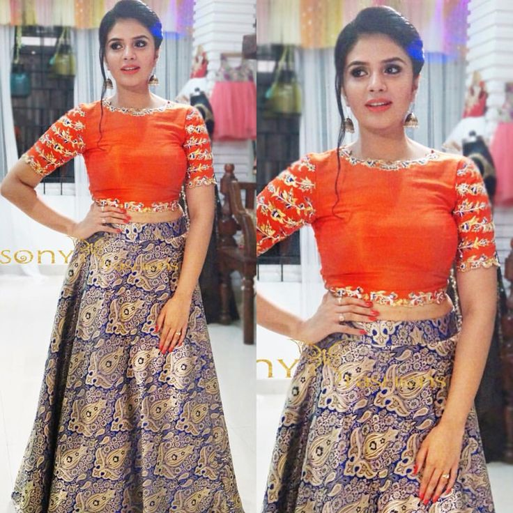Magic of Banarasi Croptop On a Beauty!!!! royal  festive  couture  indiantradition  handembroidery  indianheritage  designerwear  sreemukhi  sonyfashion  sonyreddy To place order ...Call or whtsapp :-8008100885  01 October 2016