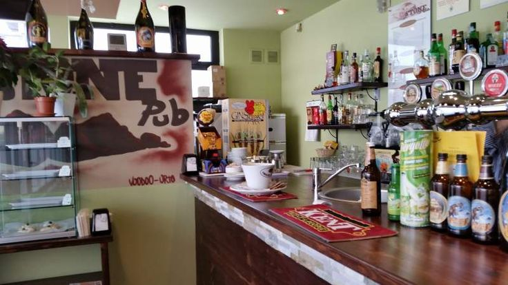 Bar caffetteria pub esistente da 18 anni