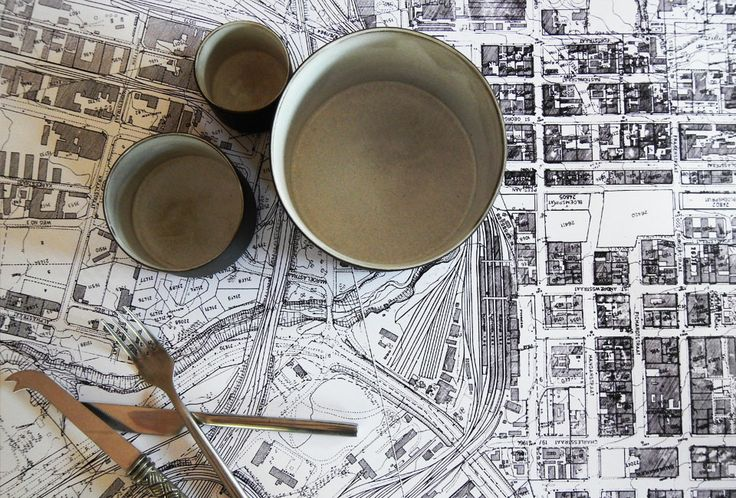 Wit-op-Wit table runner with Bloemfontein map. Used this map countless times as a student!