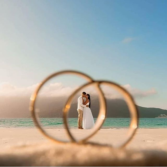 Cute wedding ring photo inspiration
