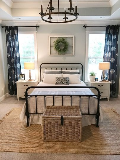 + bedroom // symmetry :)