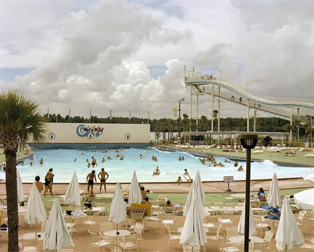 Wet 'n' Wild Aquatic Theme Park, Orlando, Florida, September 1980 © Joel Sternfeld. Image courtesy of Luhring Augustine and Beetles + Huxley. This image forms part of Joel Sternfeld Colour Photographs: 1977 - 1988