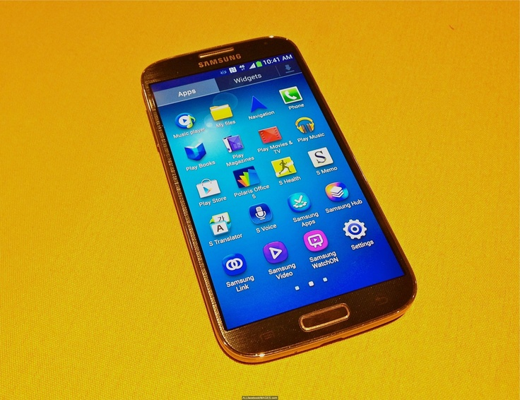 Samsung Galaxy S4 is a Best Choice  http://tech4technology.com/samsung-galaxy-s4-is-a-best-choice  Samsung's Galaxy S4 finally created its debut weekday night, and not one issue concerning the phone was shocking.