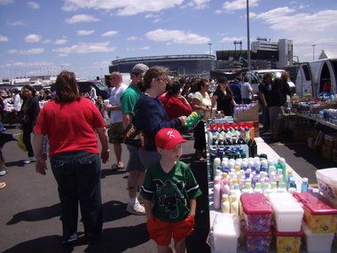 South Jersey Flea Markets: Berlin Farmers & Flea Market - Open All Year! Every Saturday & Sunday from 8am-4pm you'll find over 700 vendor spaces selling fresh local produce, vegetables, yar...