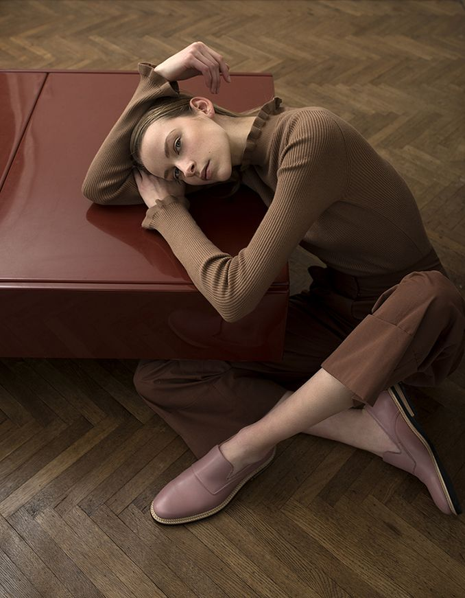 Powder Pink Loafers for Women from Swedish footwear label Stig Percy #pinkloafers #loafers