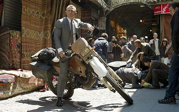 The Grand Bazaar (Kapalıçarşı), Istanbul, with Daniel Craig as Bond in in Skyfall • article about Istanbul in film for James Bond fans