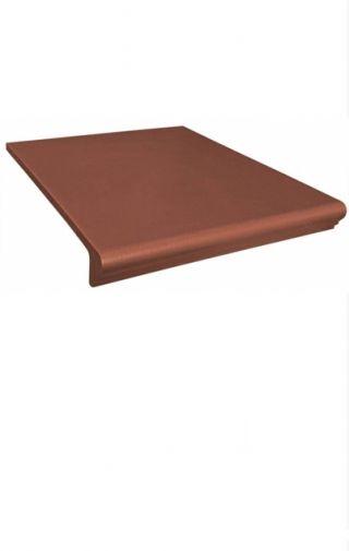 Treapta terasa exterioara klinker cu nas 33×33 de culoare rosie ce poate fi folosita pentru placarea scarilor interioare cat si exterioare. Seturile de trepte ceramice (klinker) confera un aspect elegant oricarei scari. Disponibile în mai multe nuante, colectia Simple Red este compusa din treapta, contratreapta, colturi de treapta si plinte. Klinkerul de la Opoczno reduce considerabil riscul de alunecare, fată de treptele placate cu gresie.