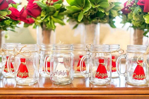 Custom mason jars for bride and bridesmaids | Photo by Amy Allen Photography | Rustic Red and White Fall Wedding on heartlovealways.com