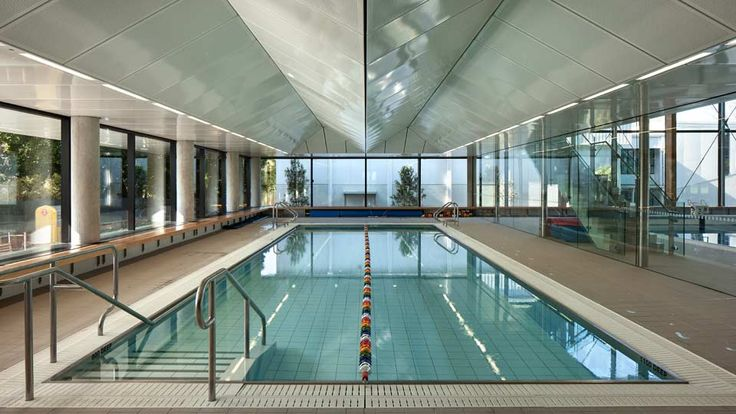 St Cuthberts College in Auckland. Designed by Architecture HDT.  http://architecturehdt.co.nz/pools/