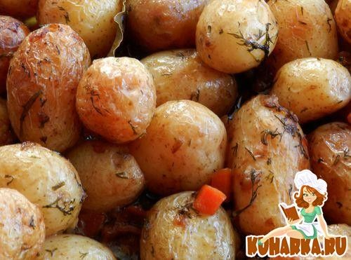 Рецепт: Мини-картошка в мультиварке