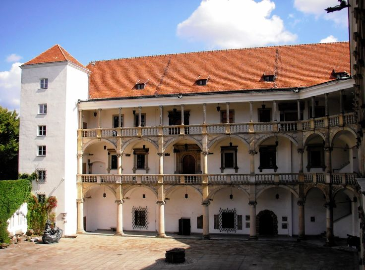 Arcaded courtyard of the Brzeg Castle, built for George II, Duke of Brieg (Brzeg) between 1547 and 1560 by Giovanni Battista and his son Franceso de Pario