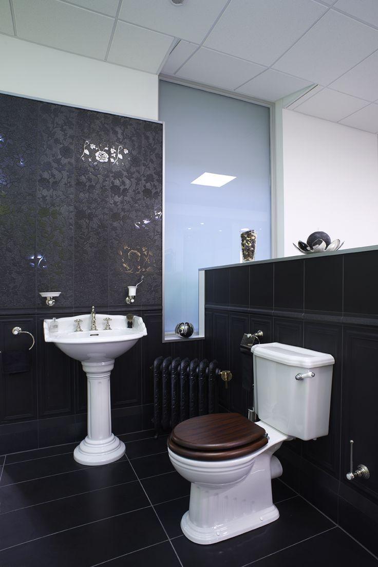 1000 id es sur le th me salle de bains rose d 39 poque sur pinterest sall - Showroom salle de bain paris ...