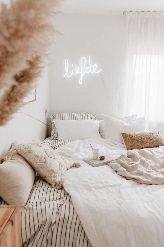 décor de chambre confortable