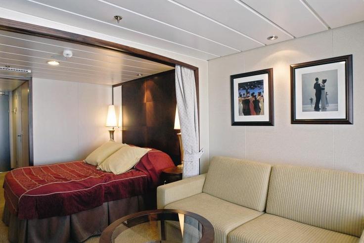 Genießen Sie eine luxuriöse Mini-Kreuzfahrt nach Norwegen in unseren Color Suites mit Meerblick.