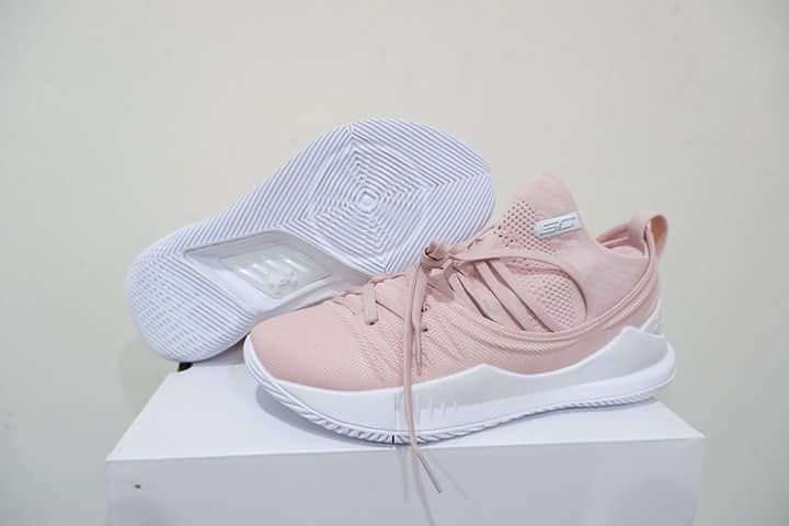 32da9eb38698 Under Armour Curry 5 Low Flushed Pink Available size 40 - 46 Order Line    hiu os   felixhiu Line     tey4714k WA   0895343680560   082233840192 DM ...
