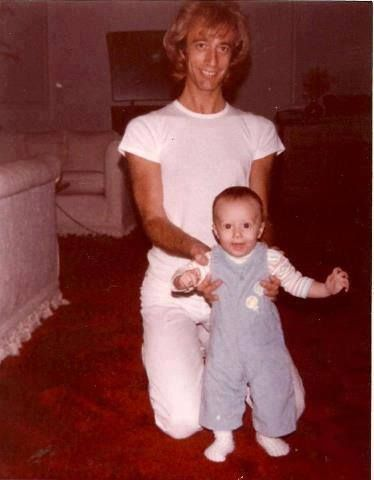 robin with baby rj bee gees barry robin maurice andy pinterest. Black Bedroom Furniture Sets. Home Design Ideas