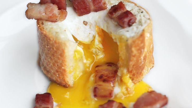 3-Ingredient Egg Bacon Baguette Breakfast Recipe 바게트 브런치 만들기 - 한글 자막