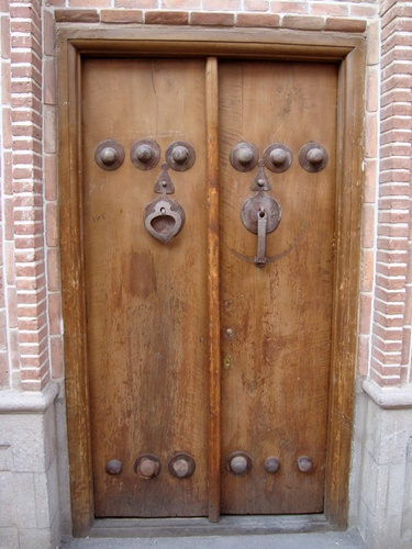 Primitive doors that lead to somewhere secret. Arenu0027t they beautiful? & 33 best Primitive Doors images on Pinterest | Country christmas ... pezcame.com