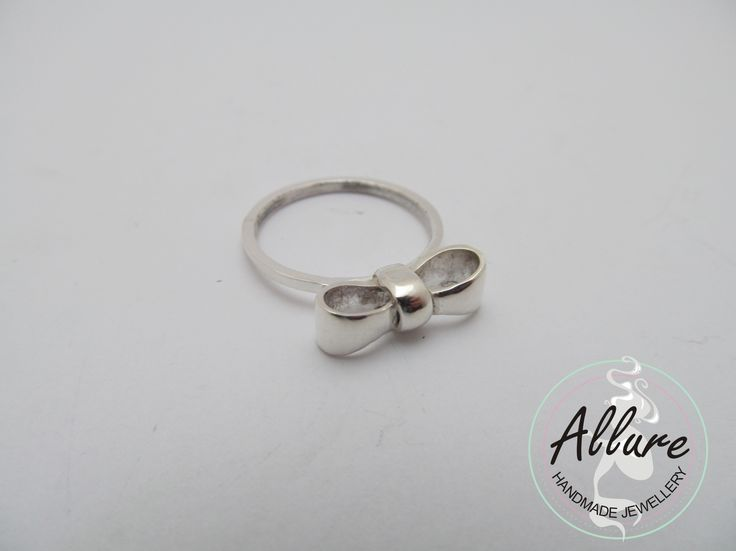Sterling Silver Little Bow Ring
