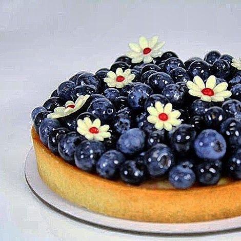 Summer Blueberry tart #bachour #antoniobachour #bachourclass #bachour1234 .