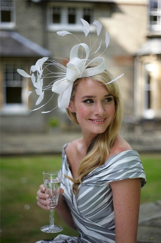 Best 25 wedding hats ideas on pinterest for Dress hats for weddings