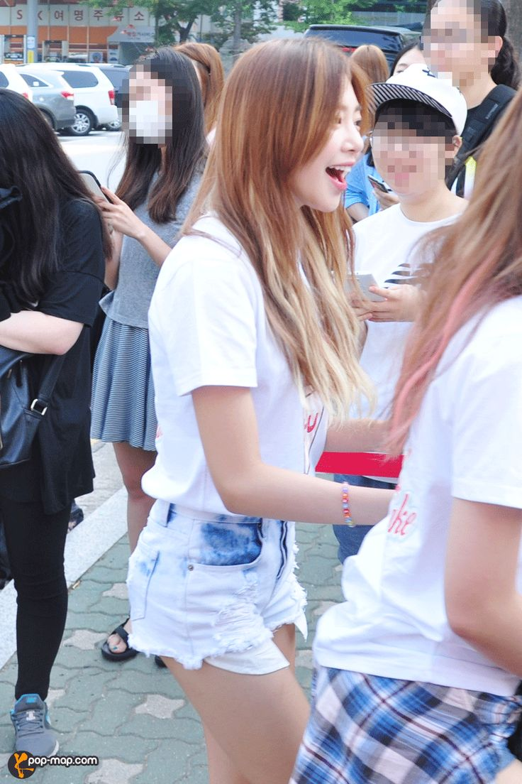 "PHOTO] 150703 K-idols Arriving at KBS Hall for ""MUSIC BANK""  #musicbank #150703musicbank #4ten #sistar #aoa #aoaheartattack #shakeit #snsd2015 #snsdcomeback #kpopmap #kpop #hotshot #bts #bts2015 #aoa2015 #minx #melodydays #sistarbody #shortshorts #hotbody #hotpants #ninemusic #9muses"