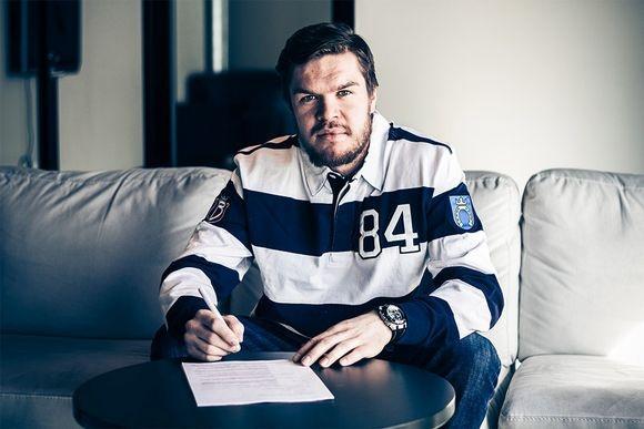Hyökkääjä Siim Liivik on allekirjoittanut kaksivuotisen sopimuksen Bluesin kanssa.