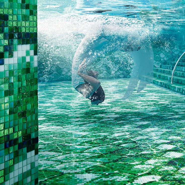 Dive into the green and swim in an experience of luxury. #sicis #starlike