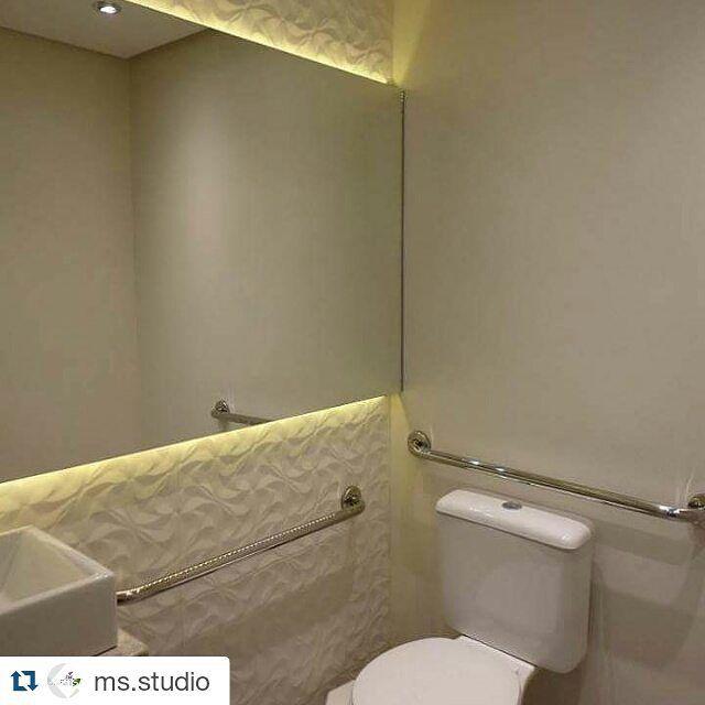 Banheiro acessível e lindo pela equipe da @ms.studio  #ceusarevestimentos #ceusa #arquitetura #decoração #inlove #apaixonadosporceusa #banheiro #acessibilidade