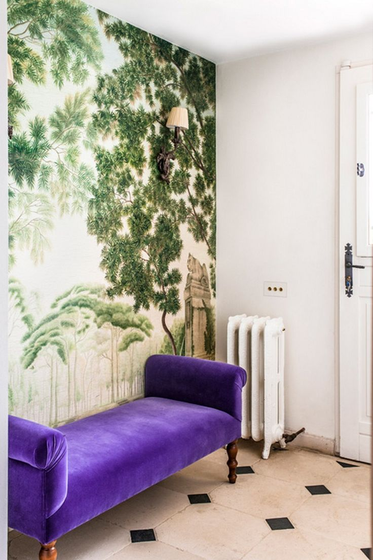Proiecte Design - La Maison - intrance hall iksel walpaper, iron cast rococo radiator