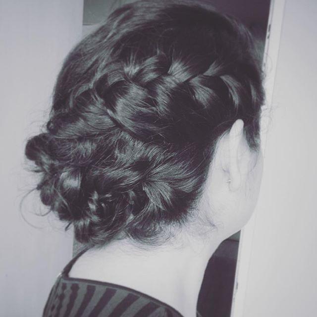 #trenzas #peinadosdenovia #peinadocontrenzas