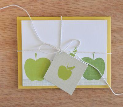 free-printable-apples-stationery-