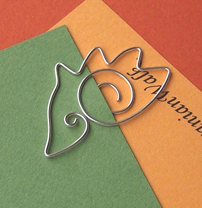 hedgehog - wire bookmark