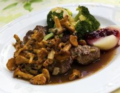 Recette - Filet de chevreuil aux chanterelles, sauce Grand Veneur | 750g
