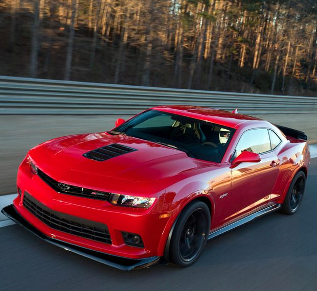 Is the Chevrolet Z/28 the most track worthy camaro to date? We have our reasons! See them here: http://www.ebaymotorsblog.com/chevrolets-z28-is-the-most-track-worthy-camaro-to-date/2014-chevrolet-camaro-z28-5/ #spon #americanmuscle
