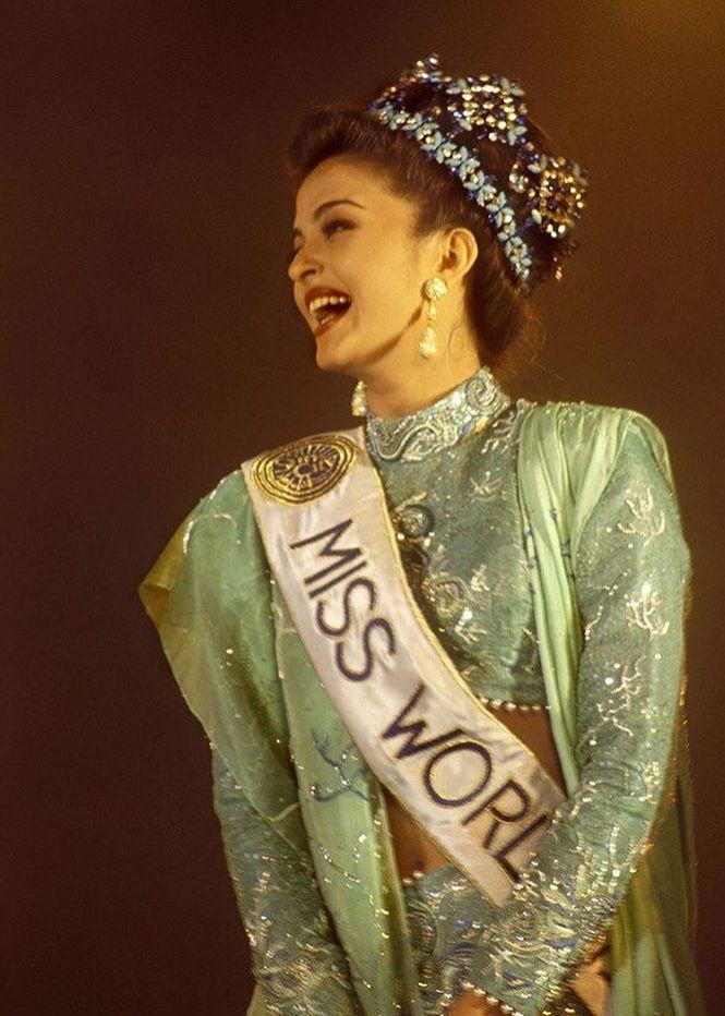 Miss World 1994 Aishwarya Rai Aishwarya Rai Young Fashion Aishwarya Rai