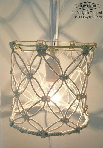 #DIY #Lamp #Wonen #Interieur Bekijk de volledige beschrijving op: http://www.lifestylewonen.nl/4-leuke-diy-lampen-ga-aan-de-slag/