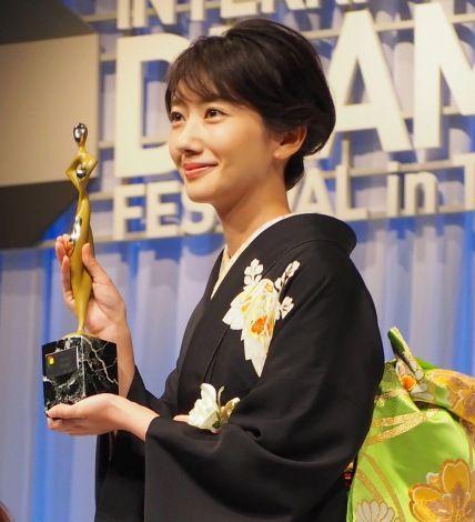 世界に見せたい日本のドラマ 『あさが来た』『赤めだか』がグランプリ |波瑠の画像・写真をはじめとしてプロフィール・動画・ニュース・ランキング・TV出演情報・CM出演情報・歌詞まで、オリコン芸能人事典では波瑠に関するあらゆる情報がチェックできます。
