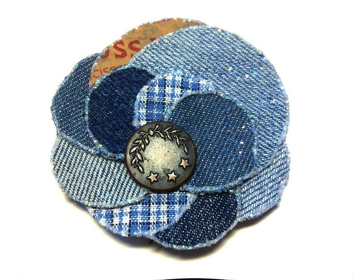 jean flower brooch