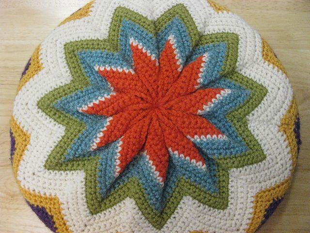 17 Best Images About Crochet Tutorials Cushions On