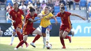 Resumen del España - Brasil de fútbol femenino http://www.sport.es/es/noticias/futbol-femenino/brasil-contiene-impetu-espana-6097647?utm_source=rss-noticias&utm_medium=feed&utm_campaign=futbol-femenino