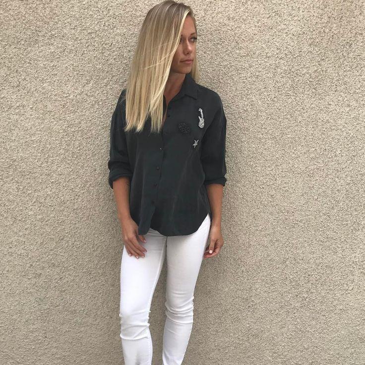 """42.6k Likes, 414 Comments - Kendra Wilkinson Baskett (@kendra_wilkinson_baskett) on Instagram: """"Out here in Vegas like... ready to rock it!! """""""