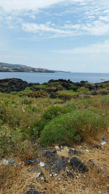 Lungo mare Catania siciliy