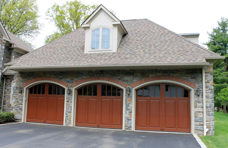 3 Car Garage by CWI Builders